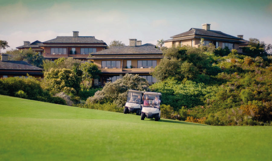 pezula-activities-golf-cart-driving-on-greens